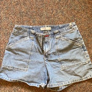 Tommy Hilfiger High-Waisted Shorts